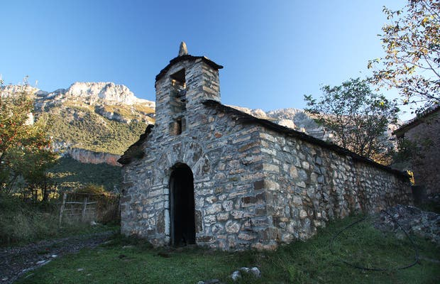 Ermita de Molinias