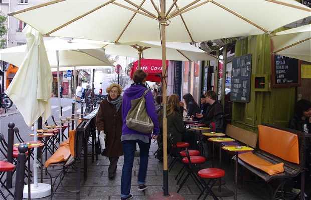 Café Les Etages a Parigi