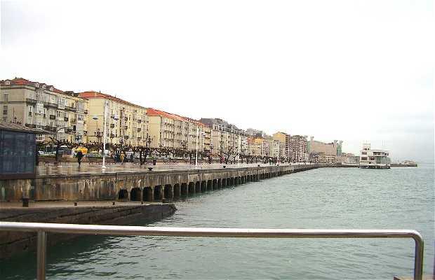 Palazzetto del Embarcadero a Santander