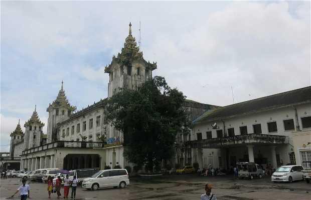 Estación de tren Yangon Central