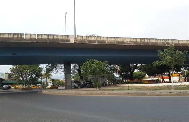 El Puente de la redoma del Aeropuerto