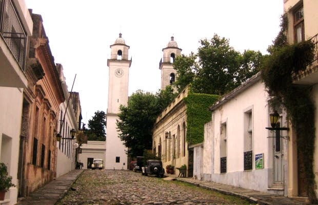 Lighthouse of Colonia