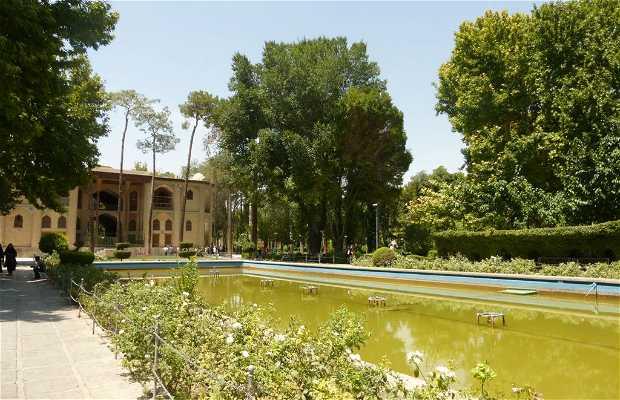 Palacio Hasht Behesh