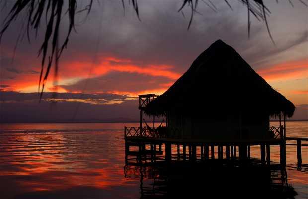 Atardecer desde Punta Caracol
