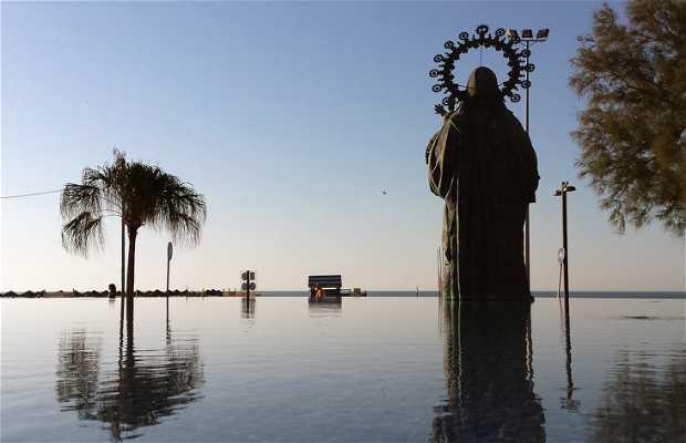 Fuente de la Virgen del Carmen en Torre del Mar