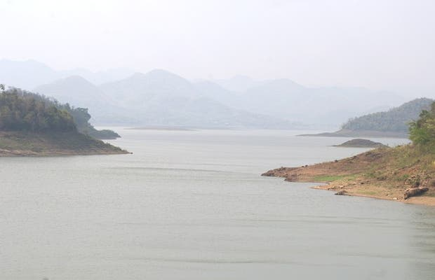 Lago artificiale di Kaeng Krachan