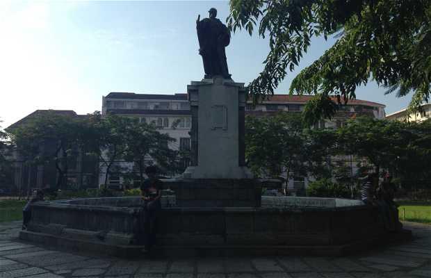 Monumento al Rey Carlos IV en Manila