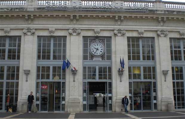 Valence Ville station