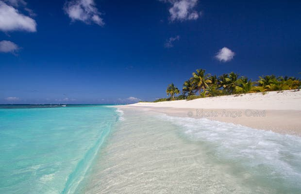 Playa Shoal Bay