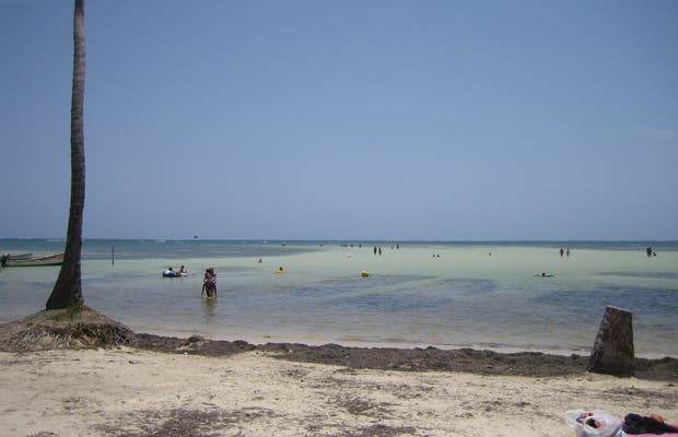 Playa y Laguna de Pointe Faula