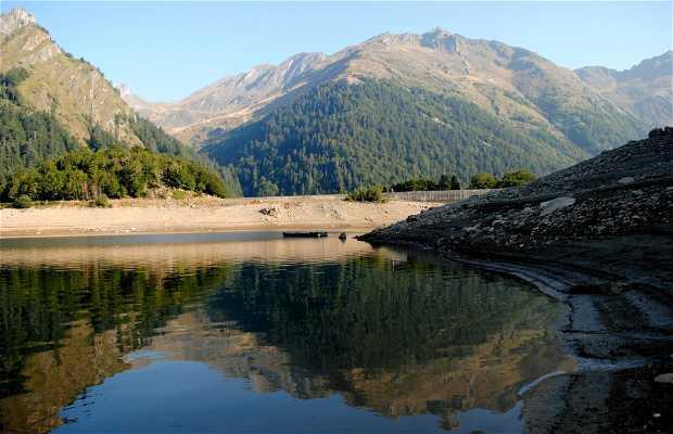 Lake Bious Artigues