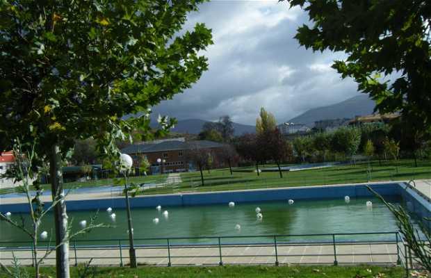 Heated swimming-pools