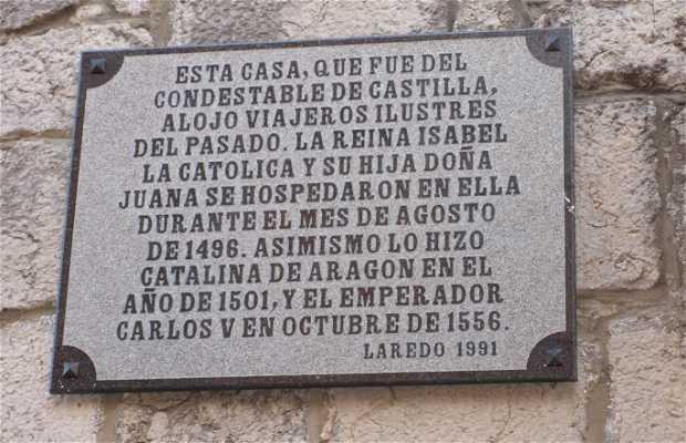 Casa en la que habitaron Isabel La Católica y Carlos V en el s. XV