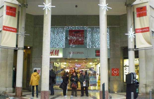Centro Comercial Saint Christoly