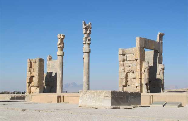 Achaemenid Palace