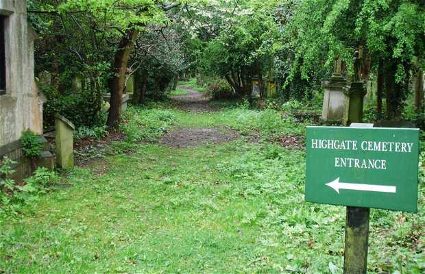 Il Cimitero di Highgate a Londra