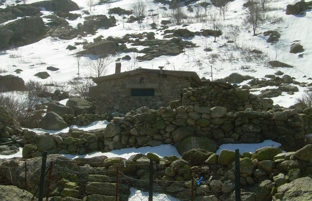Corsica Shelters