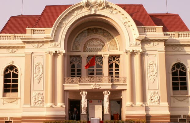 Saigon Opera House (Ho Chi Minh Municipal Theater)