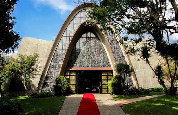 Capilla de los Santos Apóstoles del Gimnasio Moderno