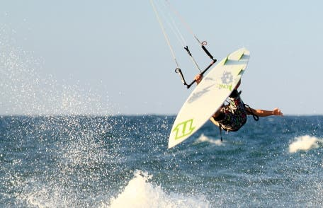 Kite surfing in Cullera