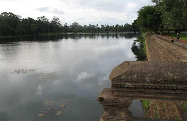 Il Ponte Naga ad Angkor Wat