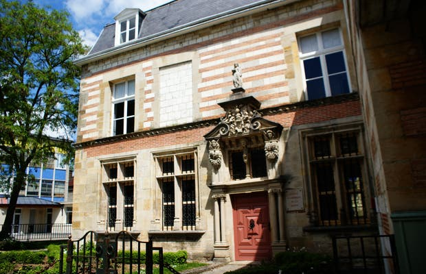 Museo Garinet
