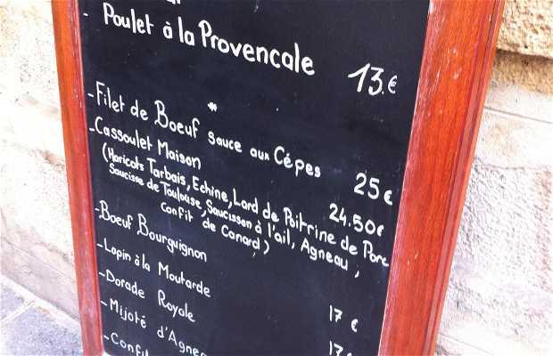 Aux Anysetiers Du Roy Restaurant