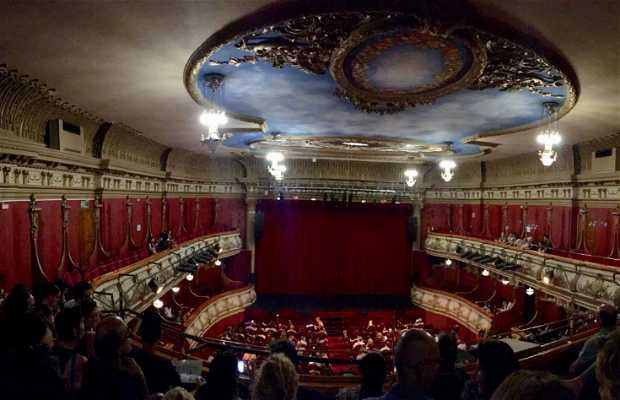 Teatro olympia en valencia 3 opiniones y 3 fotos for Decoradores e interioristas en valencia