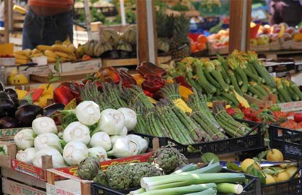 Mercado de San Cosimato