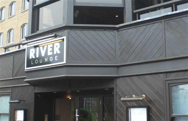 restaurant River Lounge