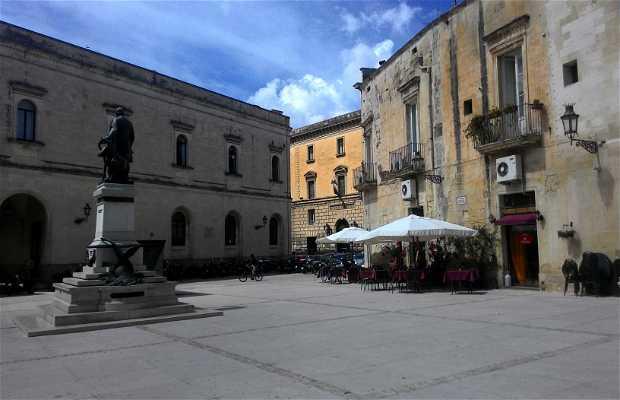 Piazzetta Sigismondo Castromediano