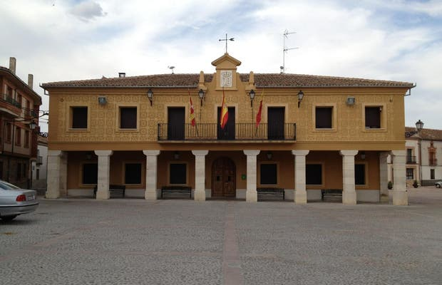 Plaza Mayor de Fuentepelayo