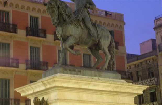 General Prim Statue