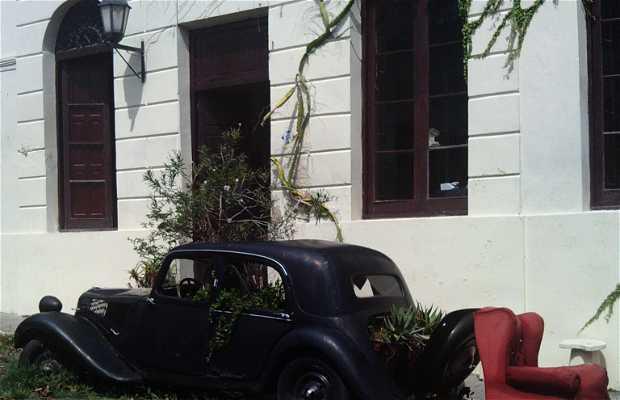Les vieilles voitures de Colonia