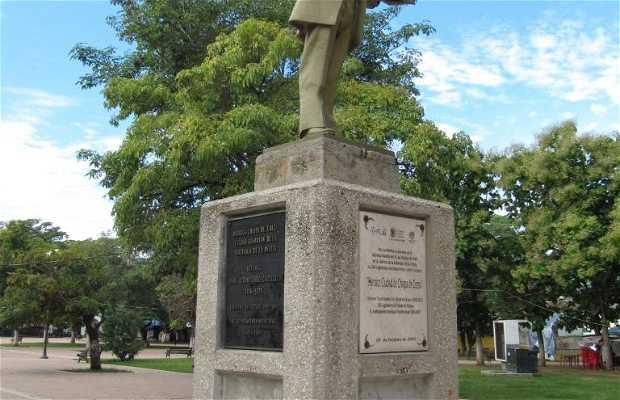 Estatua de Ángel Albino Corzo