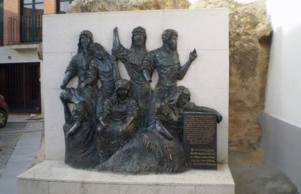 Monument to the 7 Maidens