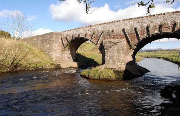 Puente histórico de Cromlix