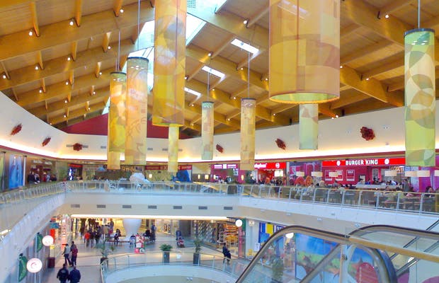 El Rosal Shopping Centre