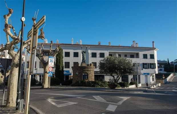 Estatua de la libertad de Cadaqués