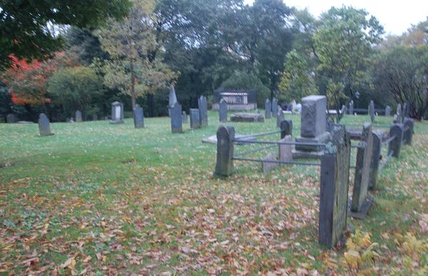 Loyalist Burial Ground