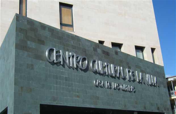 """Casa Cultural de la Villa . """" Casa de las Culturas """""""