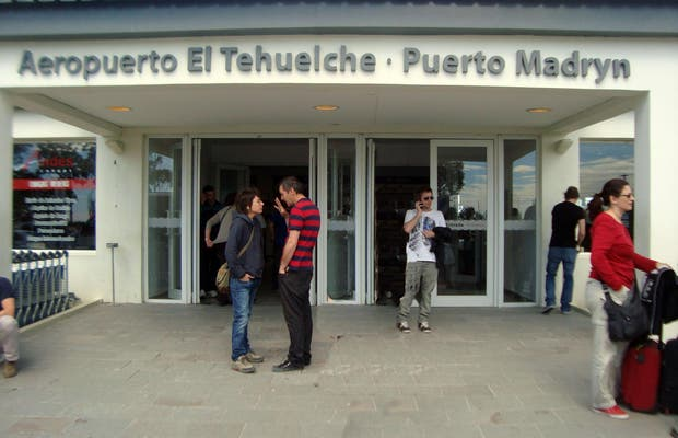 """""""El Tehuelche"""" Airport"""