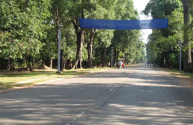 Avenue Charles de Gaulle