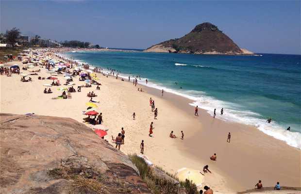 Praia do Pontal (Praia da Macumba)