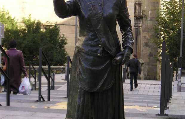 Monumento a la cantinera