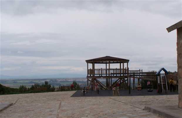 Bardena Blanca Viewpoint
