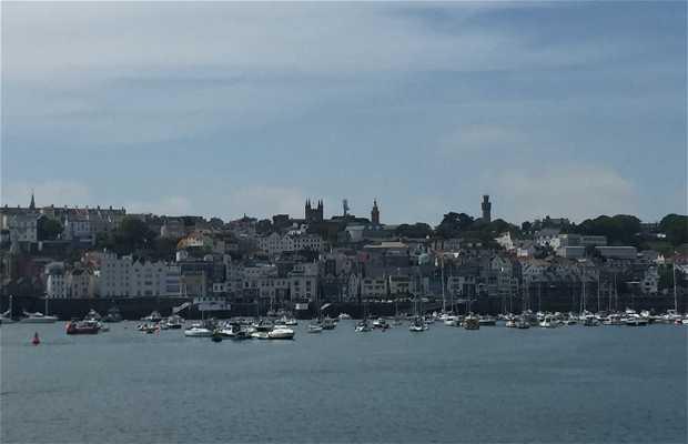 Faro de Castle Pier