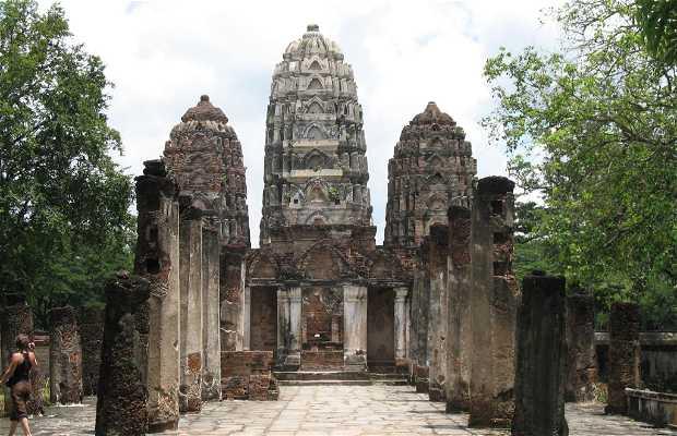 Tempio Wat Si Sawai a Sukhothai