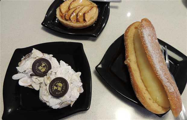 Cafetería Chocolatería Flor y Nata