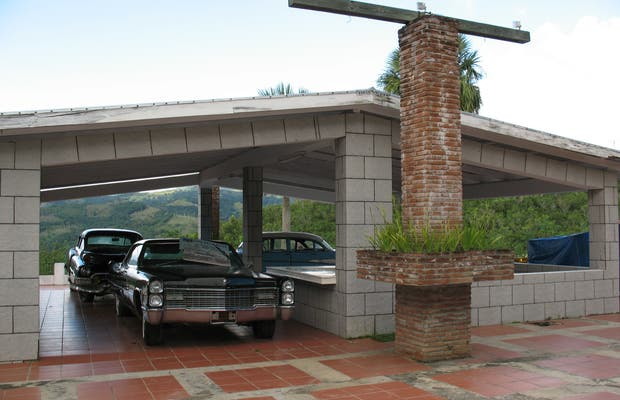 Cars with history. Camp David Ranch Hotesl collection